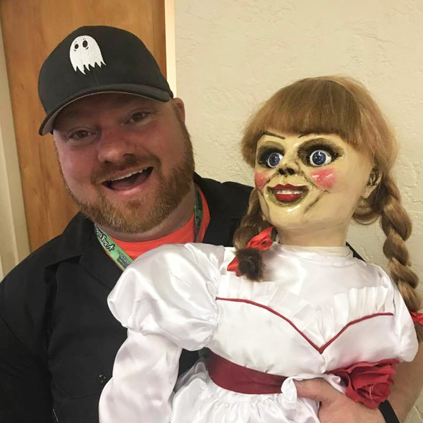 johnny-bronto-hauntscene-with-annabelle-doll